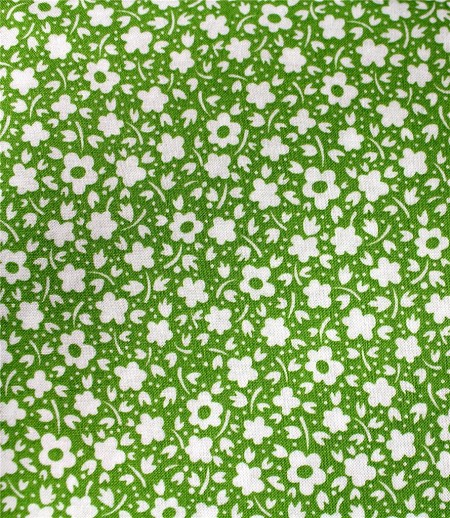 Fat Quarter - Pam Kitty Powder Puffs - Green